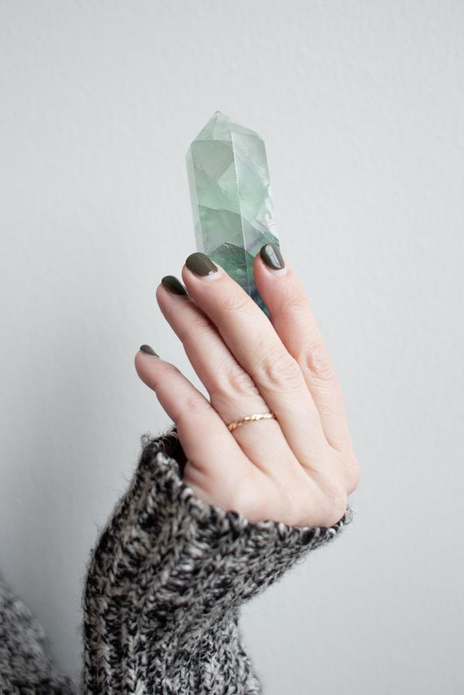 divine twist crystals dee